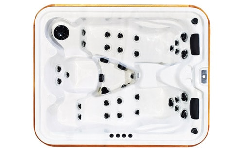 Top view of an Timberwolf hot tub